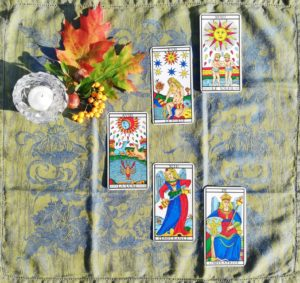5 cartes du Tarot de Marseille pour illustrer le tirage proposé